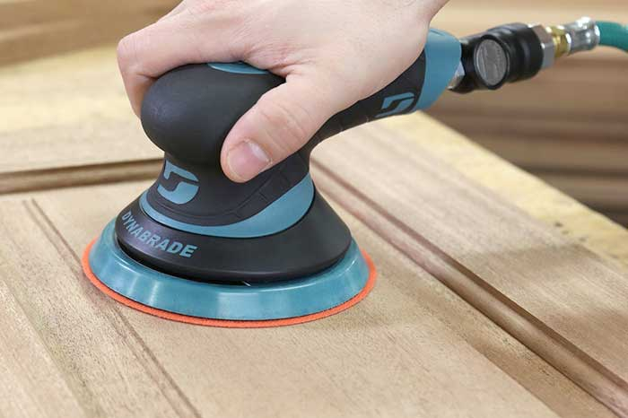 Sableuses pneumatiques, système de pulvérisation et table aspirante | Outil spécialisé | Abradhesif